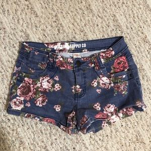 Shorts - Jean shorts with flowers